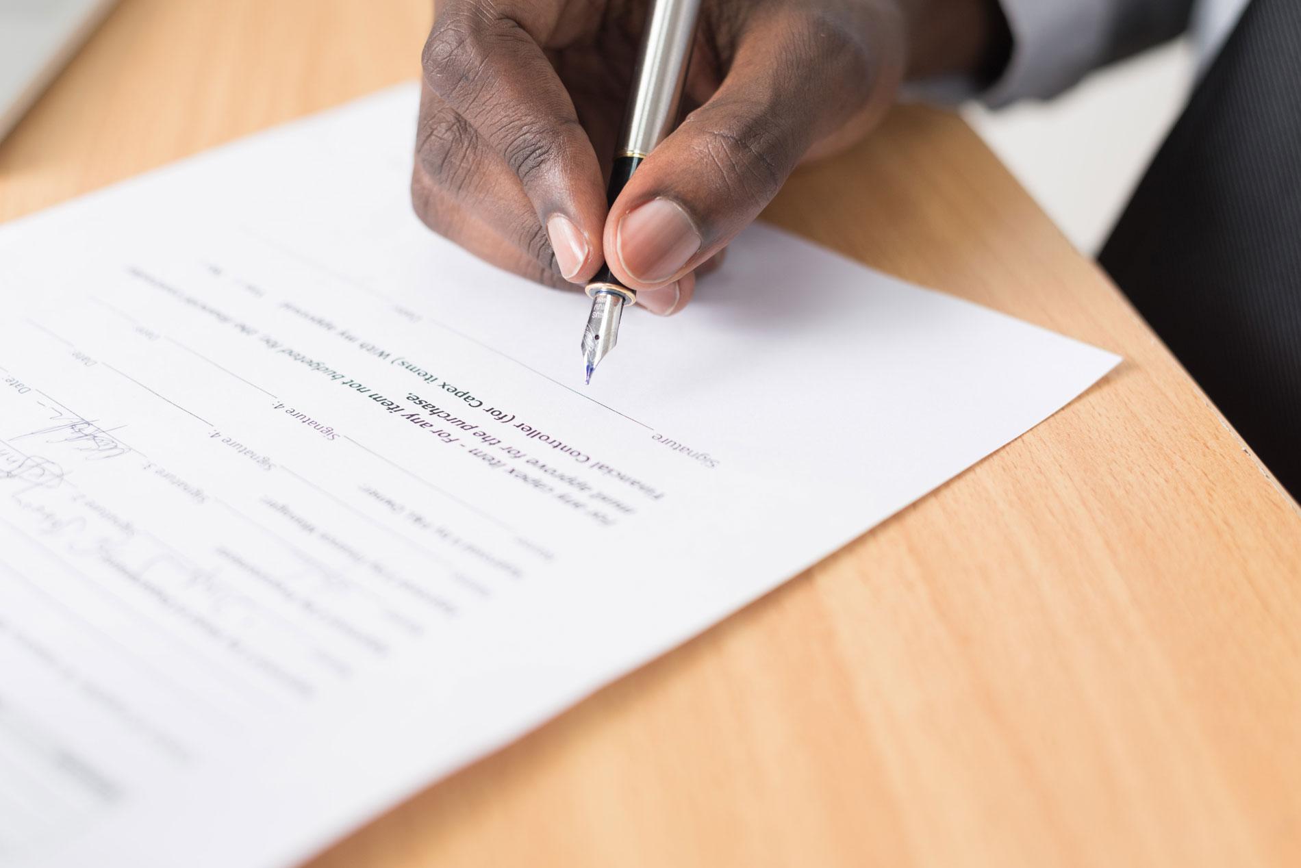 Rechte an Texten in Vertrag